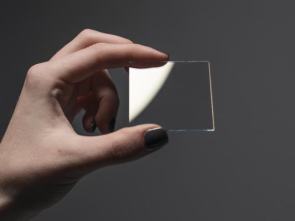 Adafruit ITO sticla cu strat de oxid de staniu si indiu - 50 x 50mm