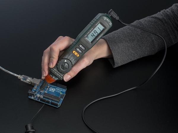 Multimetru Digital Cu Autoscalare
