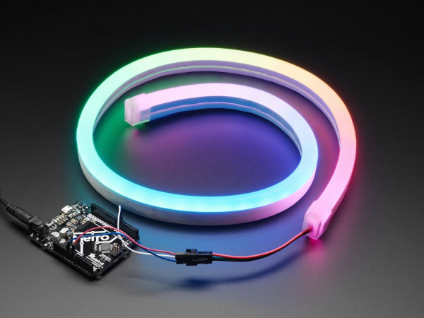 Banda LED NeoPixel RGB in tub de silicon