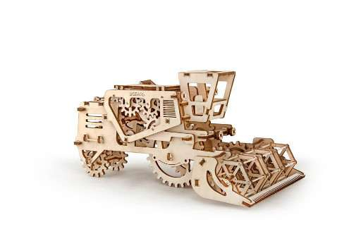Combina agricola UGears