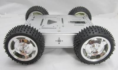 Sasiu tanc robotic metalic cu roti mari
